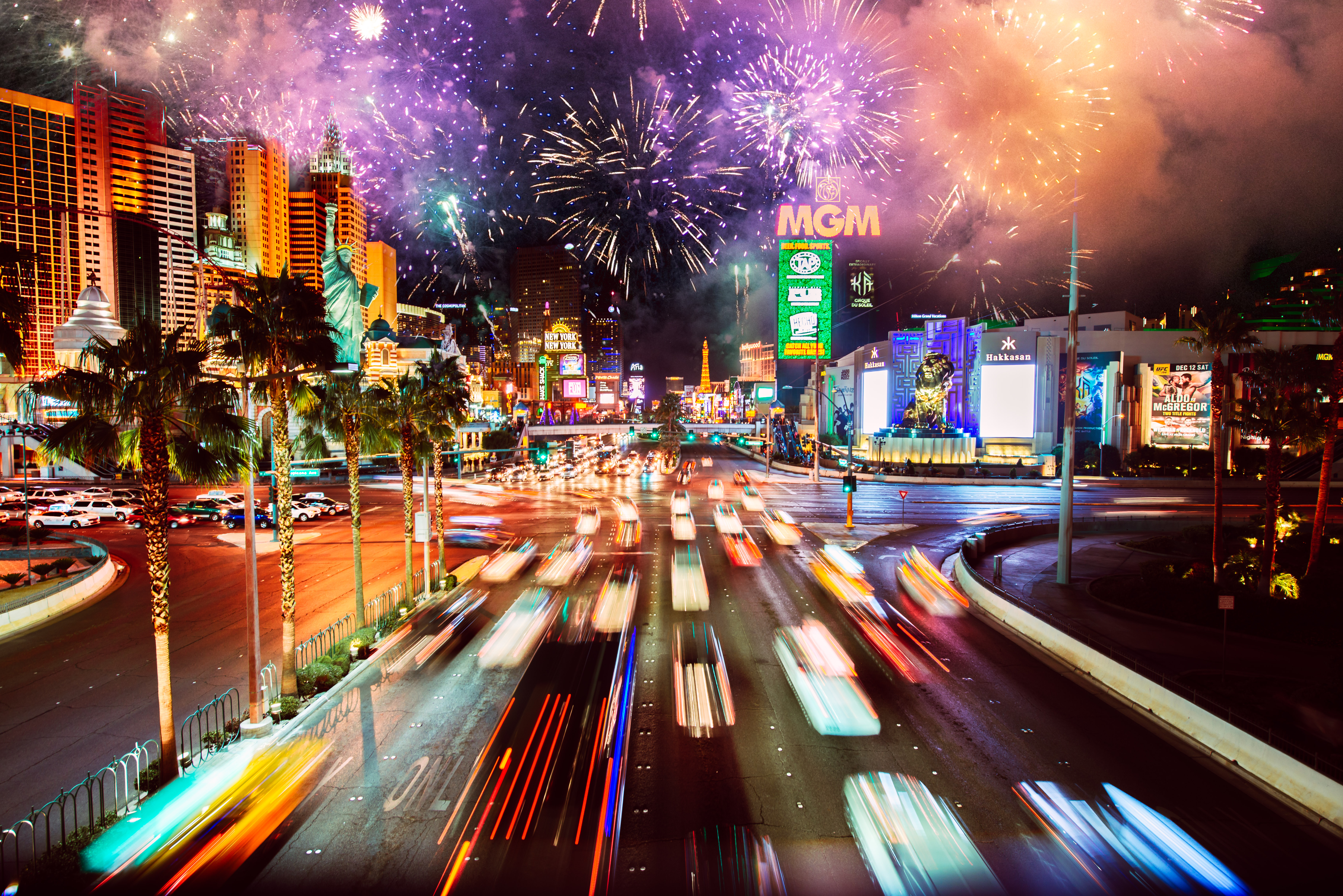 New_Years_Celebrations_With_Fireworks_In_Las_Vegas.jpg ...
